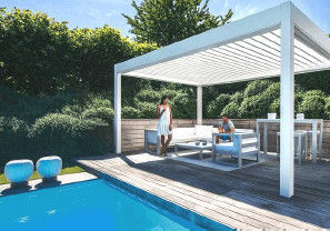 Pool Aluminum Retractable Outdoor Roof , Retractable Roof Shade PVDF Coating