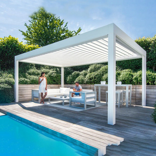 Modern 2.5mm Open Roof  Automatic Insulated Aluminum Pergola